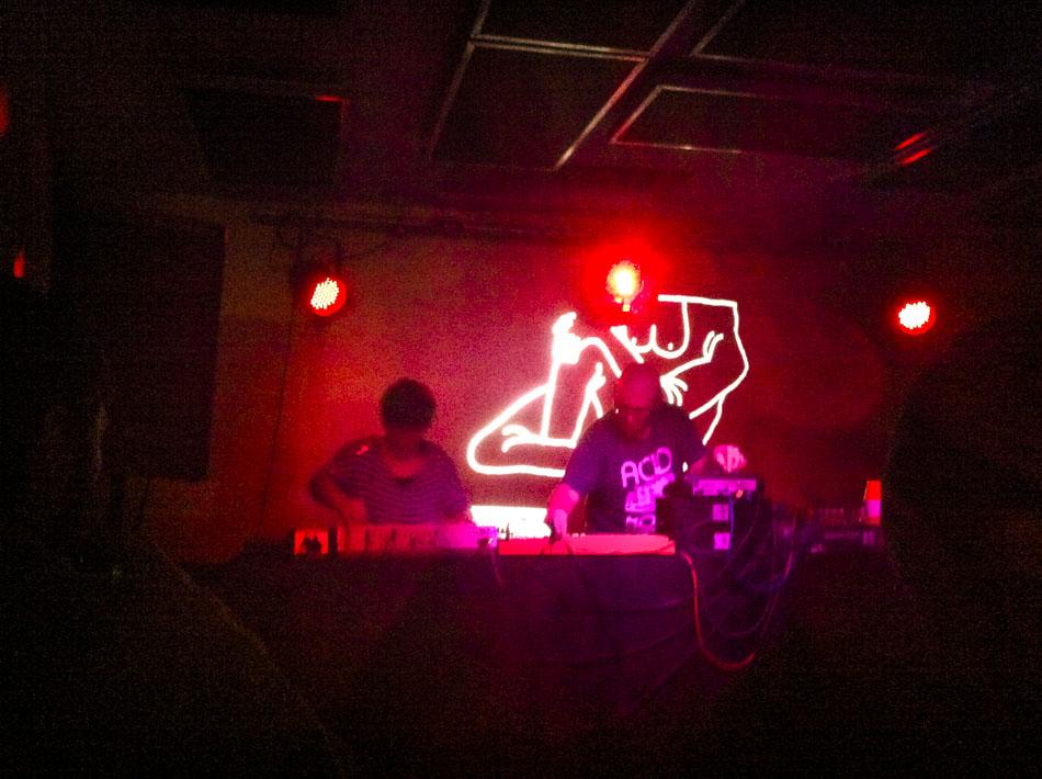 dinis + D.J. khabal live@DAMAS